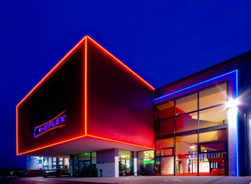 Cineplex-Memmingen-3_366x269